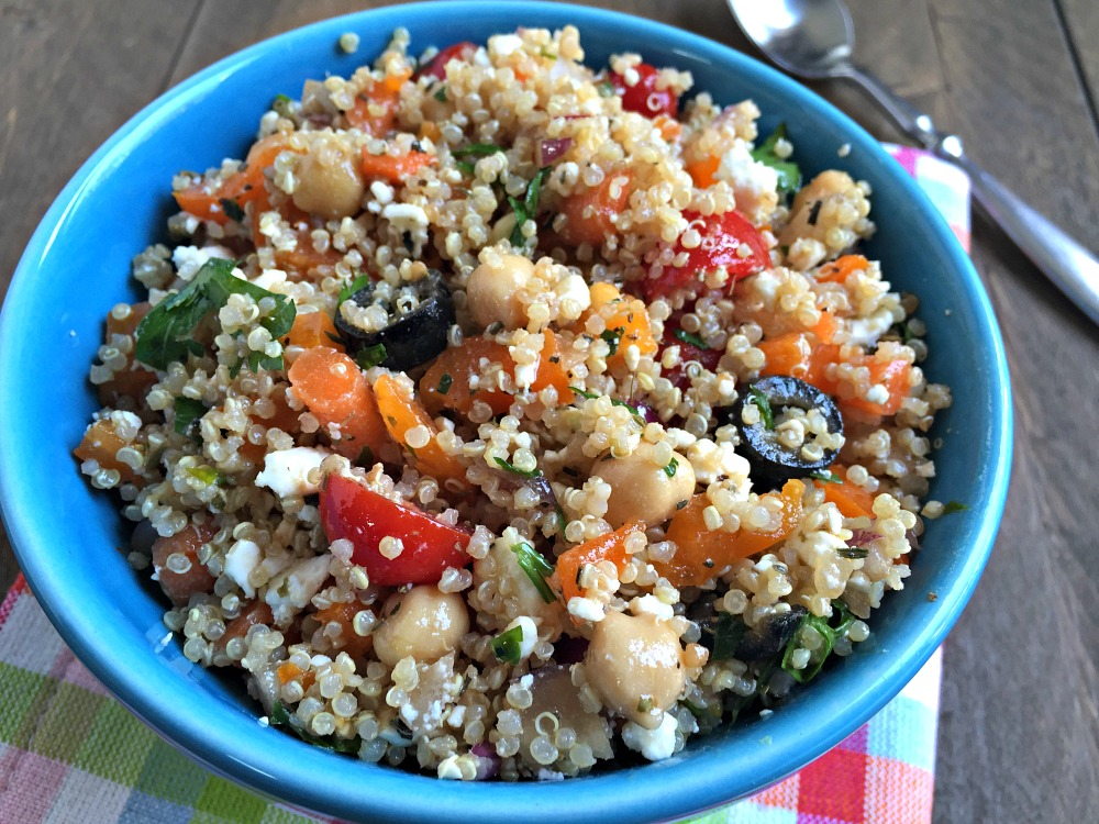greek quinoa salad with feta cheese